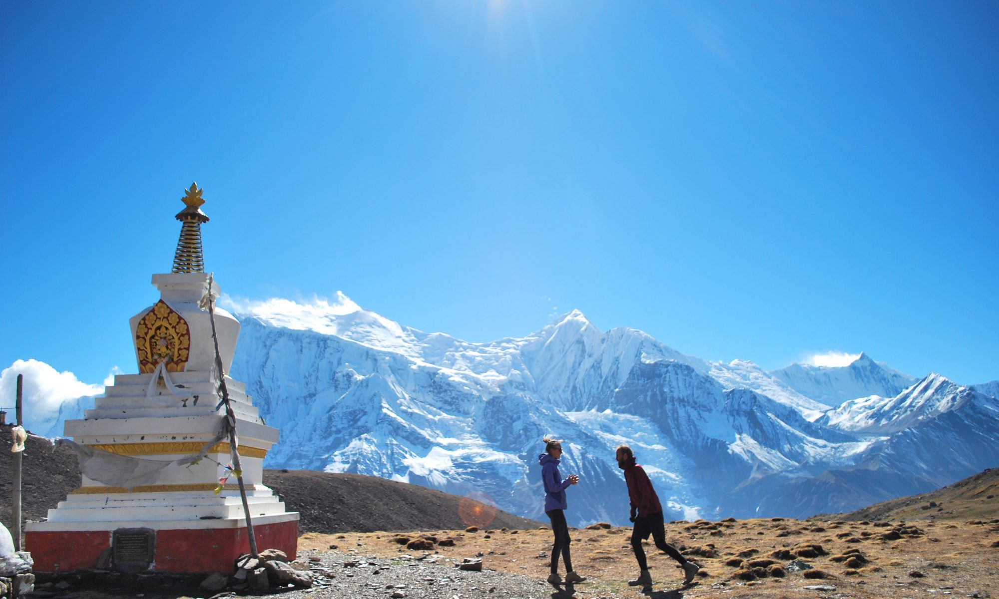The perfect strugglers at the annapurna circuit