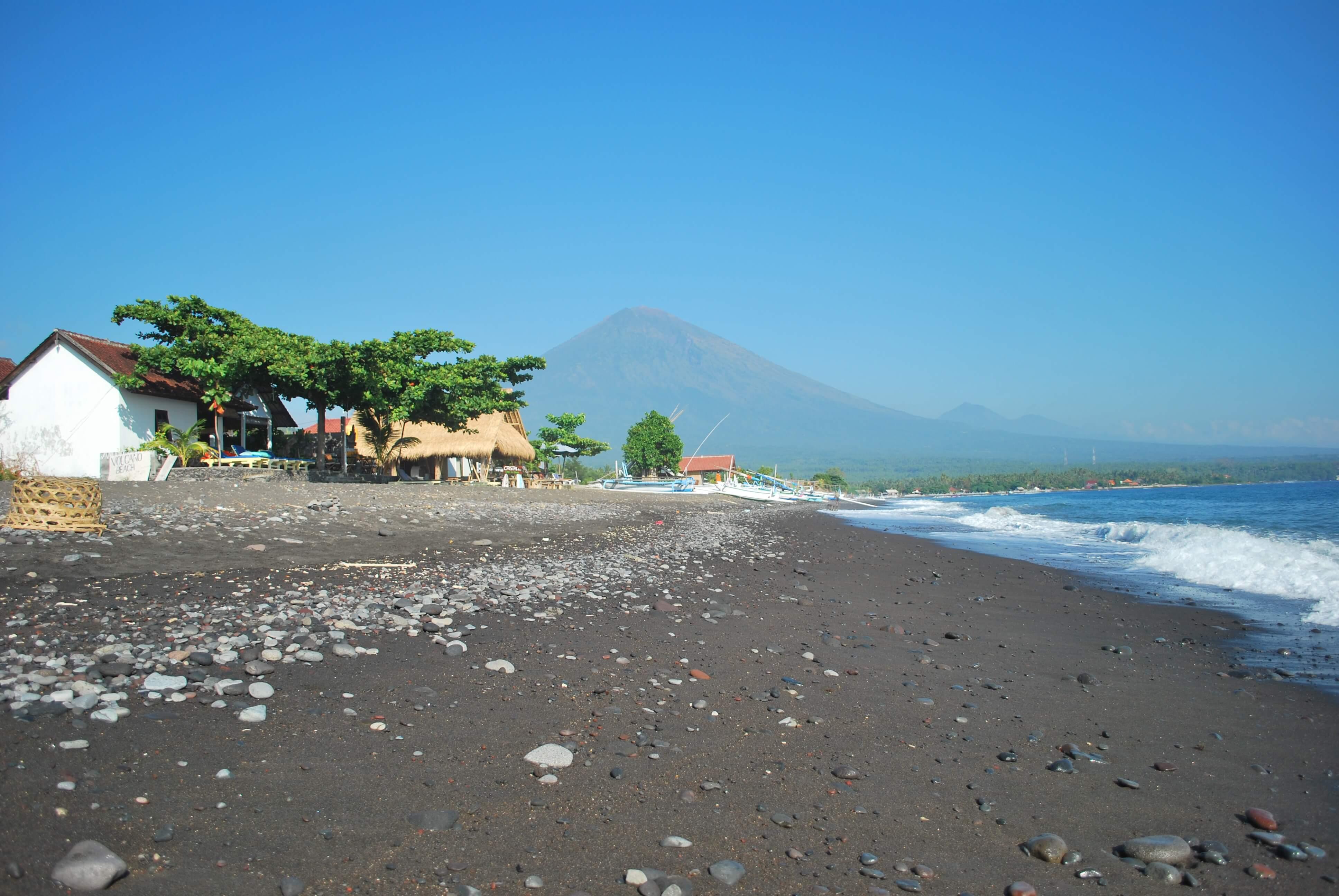Motorbike Bali - Amed beach