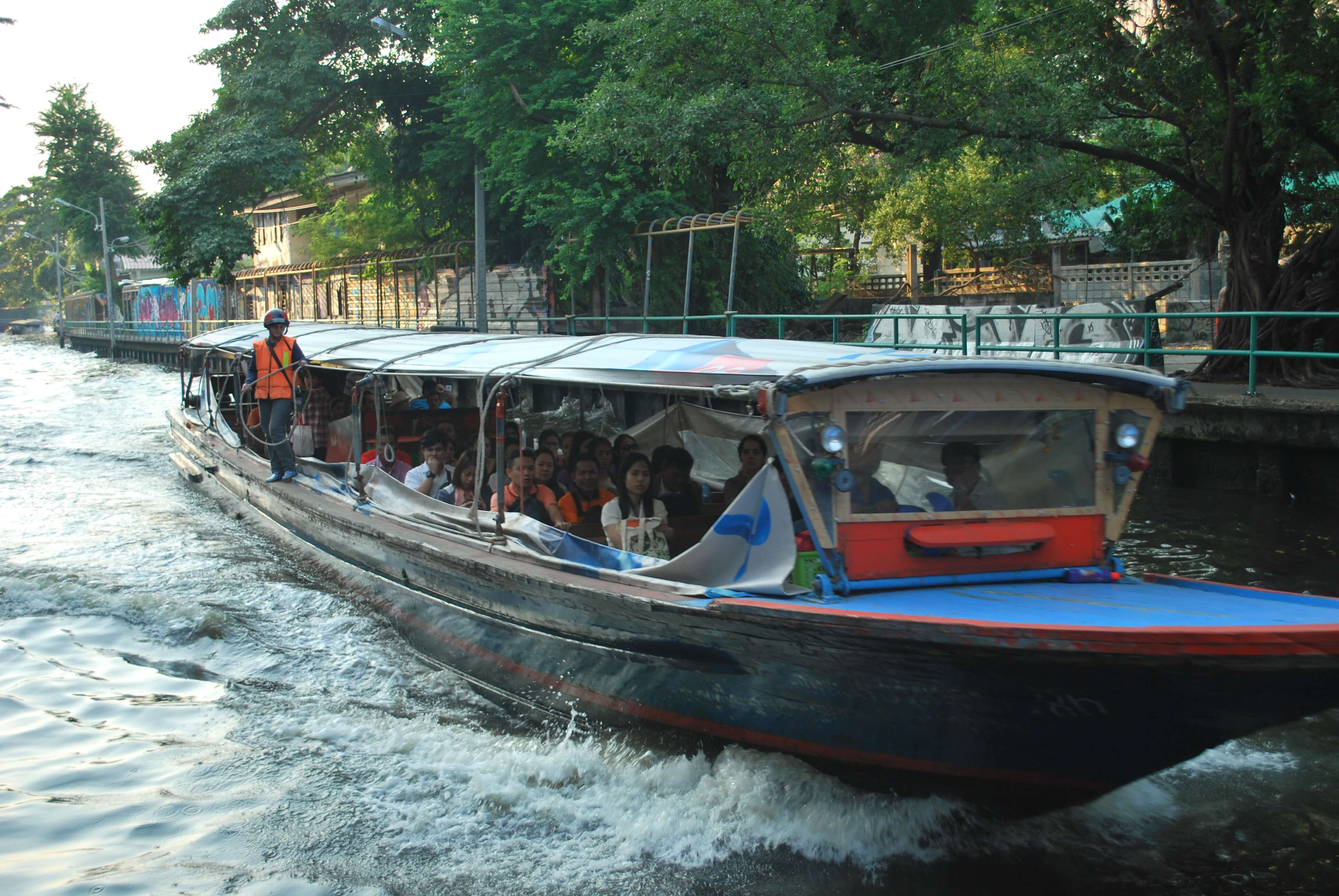 Things to do in Bangkok - water taxi